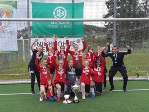 Pokalcoup der U 13 und ein neuer Mannschaftskosename – 4:0 im Endspiel gegen die MSG Altendiez